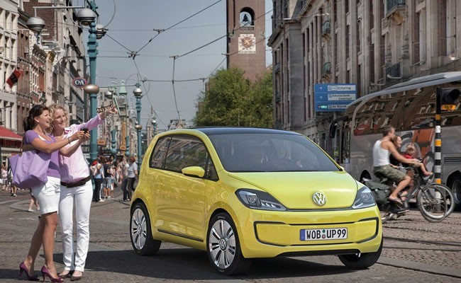 volkswagen, up - малолитражка из Германии