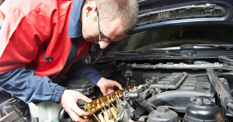 Поломка двигателя автомобиля