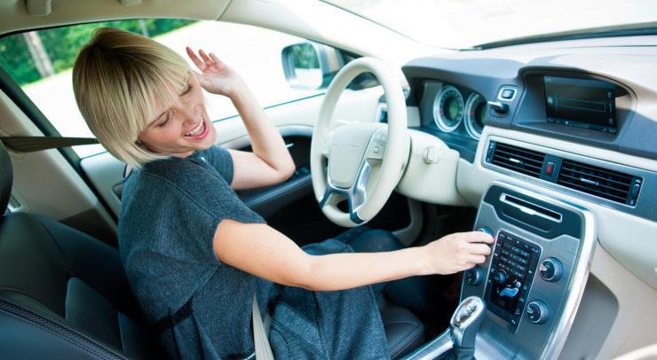 Где скачать музыку в авто?