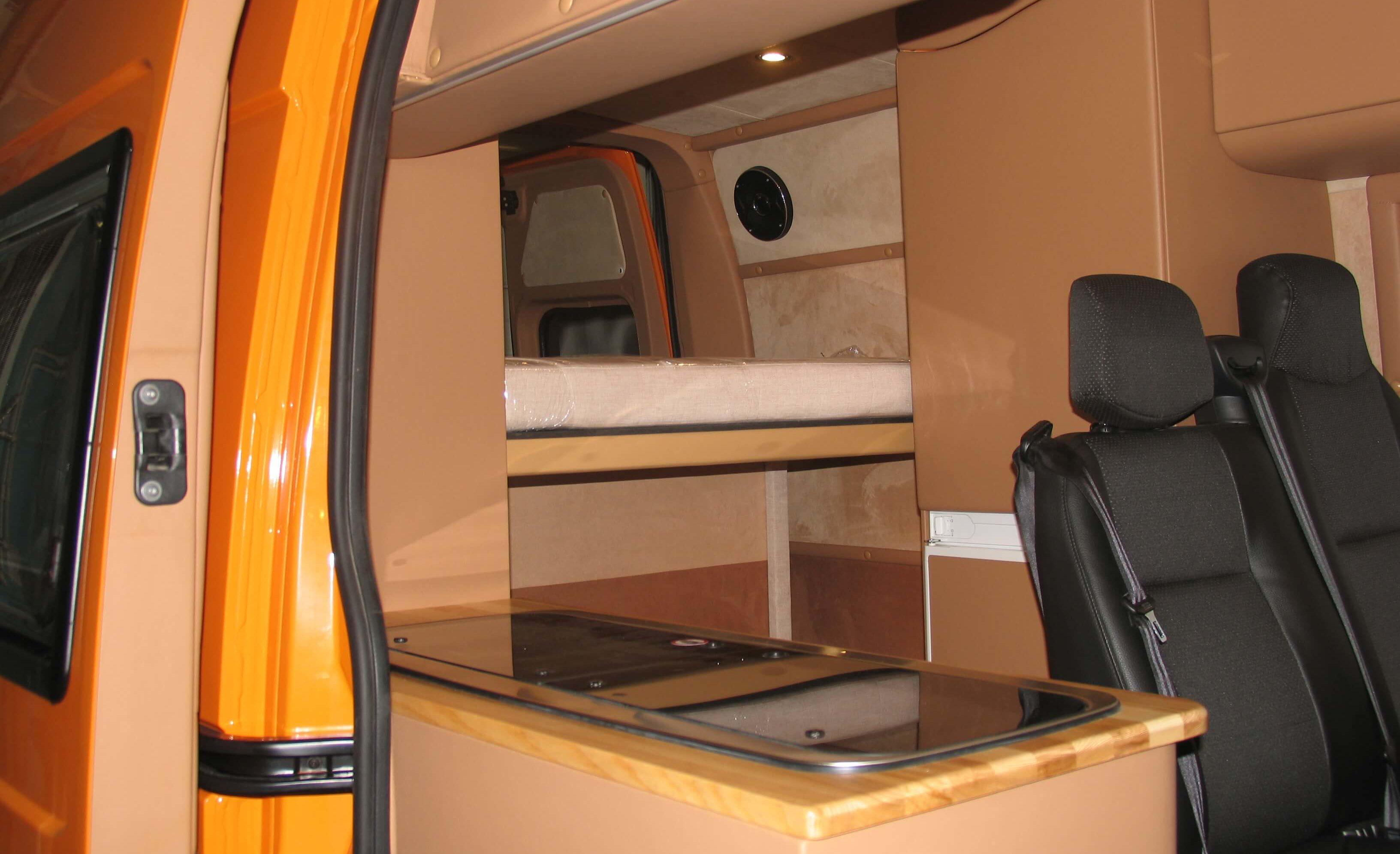Переоборудование микроавтобусов и грузовых фургонов