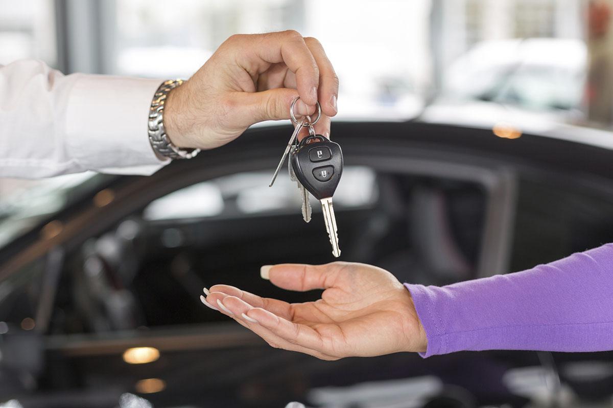 Воспользовавшись арендой авто в Киеве от компании paylesscar клиент получит широкий выбор автомобилей, которые можно взять в по доступной стоимости. Вам больше не потребуется тратить время на поездки в общественном транспорте.