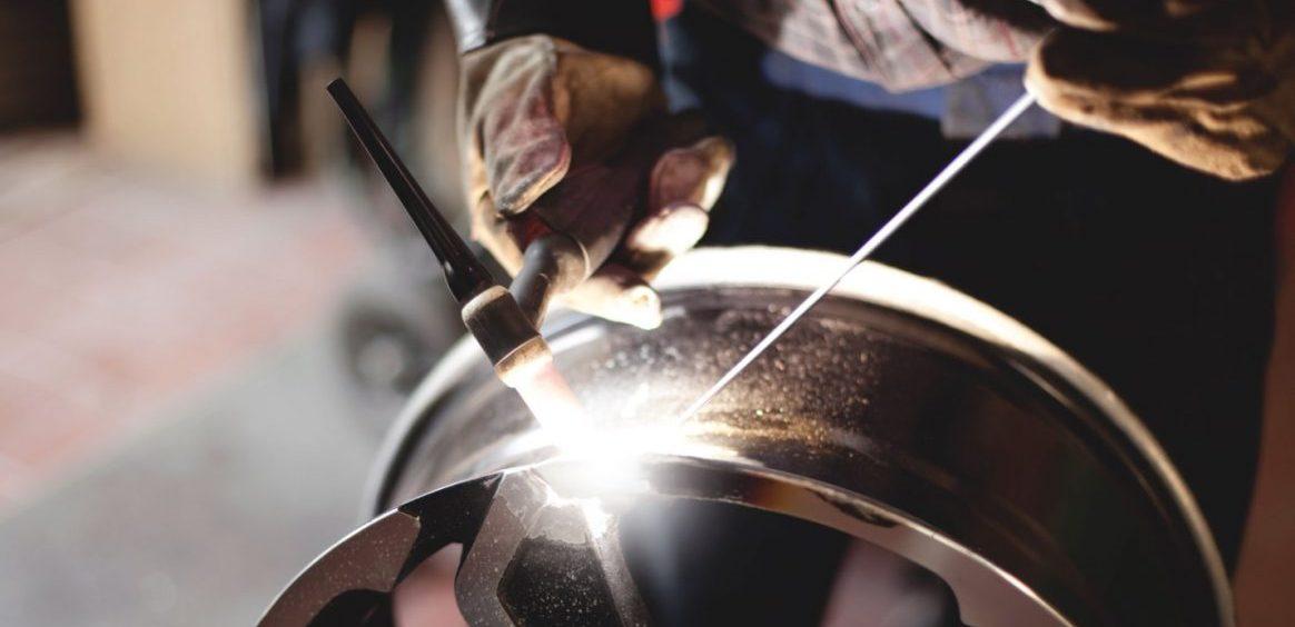 Повреждения дисков автомобиля и их ремонт