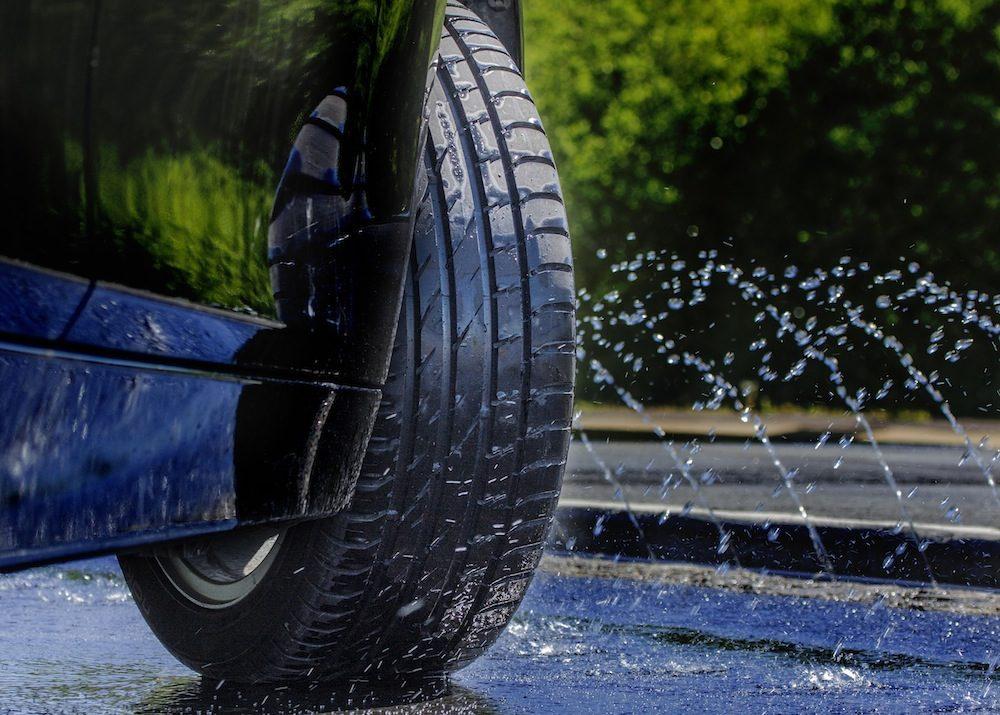 Влияние качества шин на безопасность эксплуатации машины