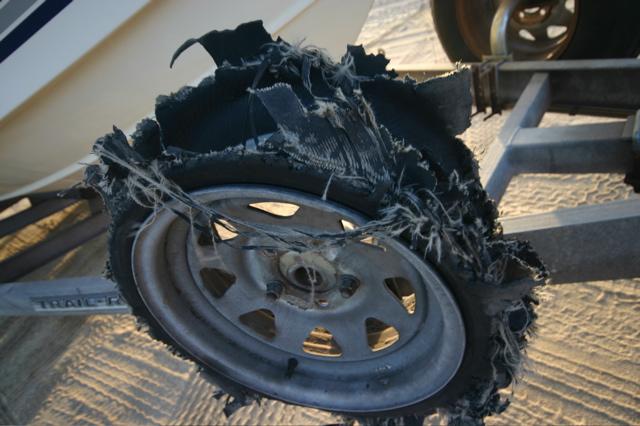 Срок службы автомобильных шин и их замена