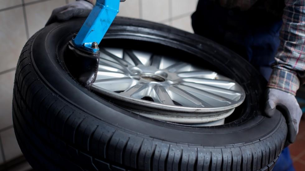 Сезонная замена автомобильных шин