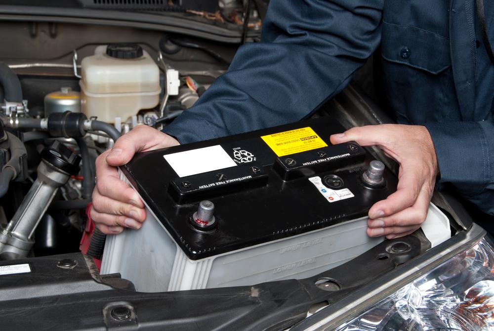 Основные признаки необходимости замены аккумулятора в автомобиле