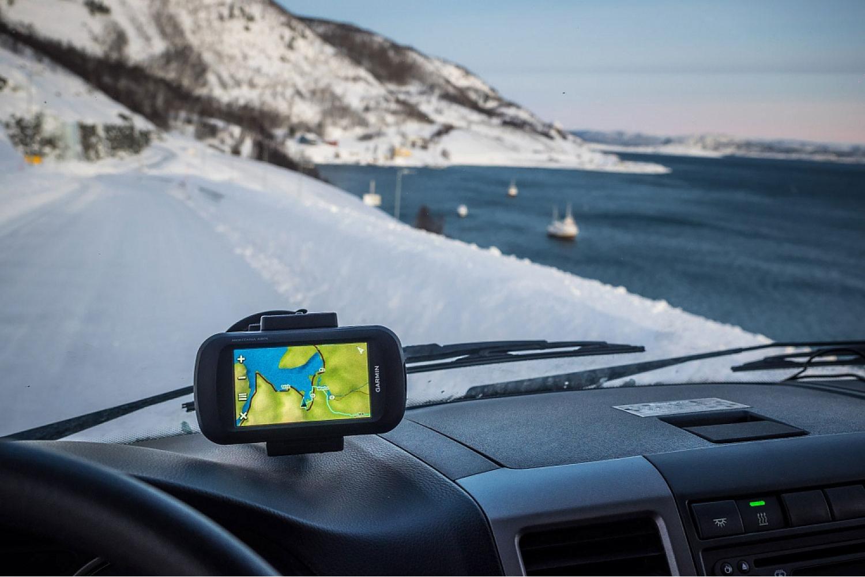 Лучшие GPS-навигаторы для туристов и путешественников