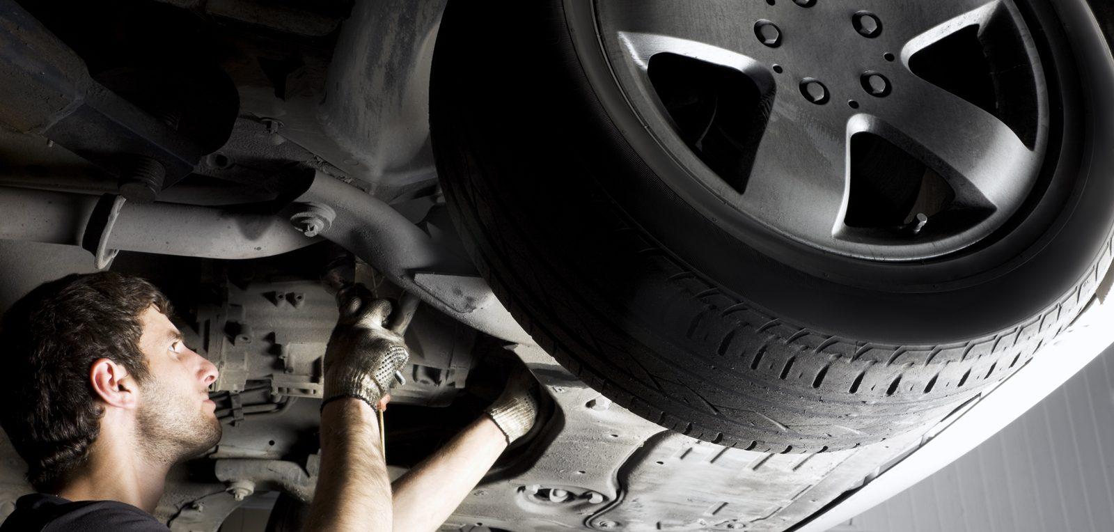 Регулярная замена деталей автомобиля