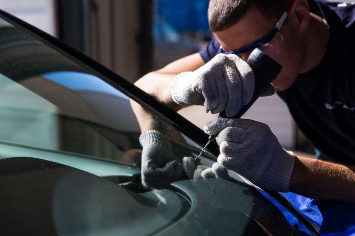 Своевременный ремонт автомобильных стекол