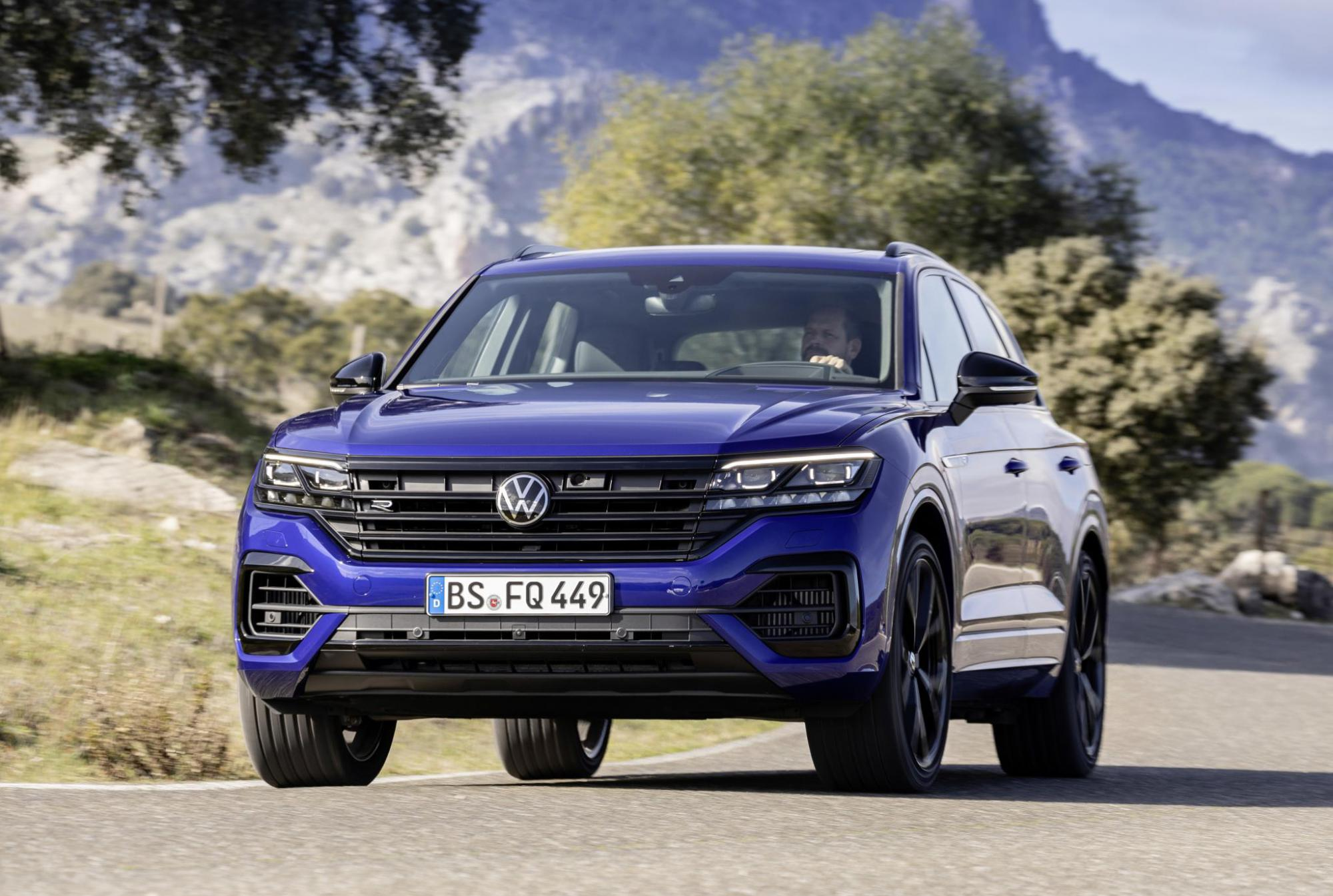 Основные преимущества и цена Volkswagen Touareg в 2021 году