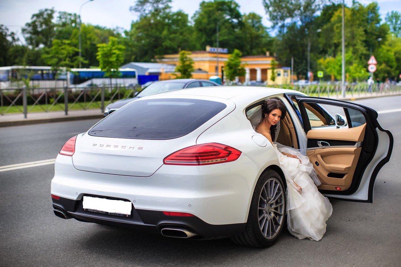 Что нужно знать при планировании аренды машины в Санкт-Петербурге?